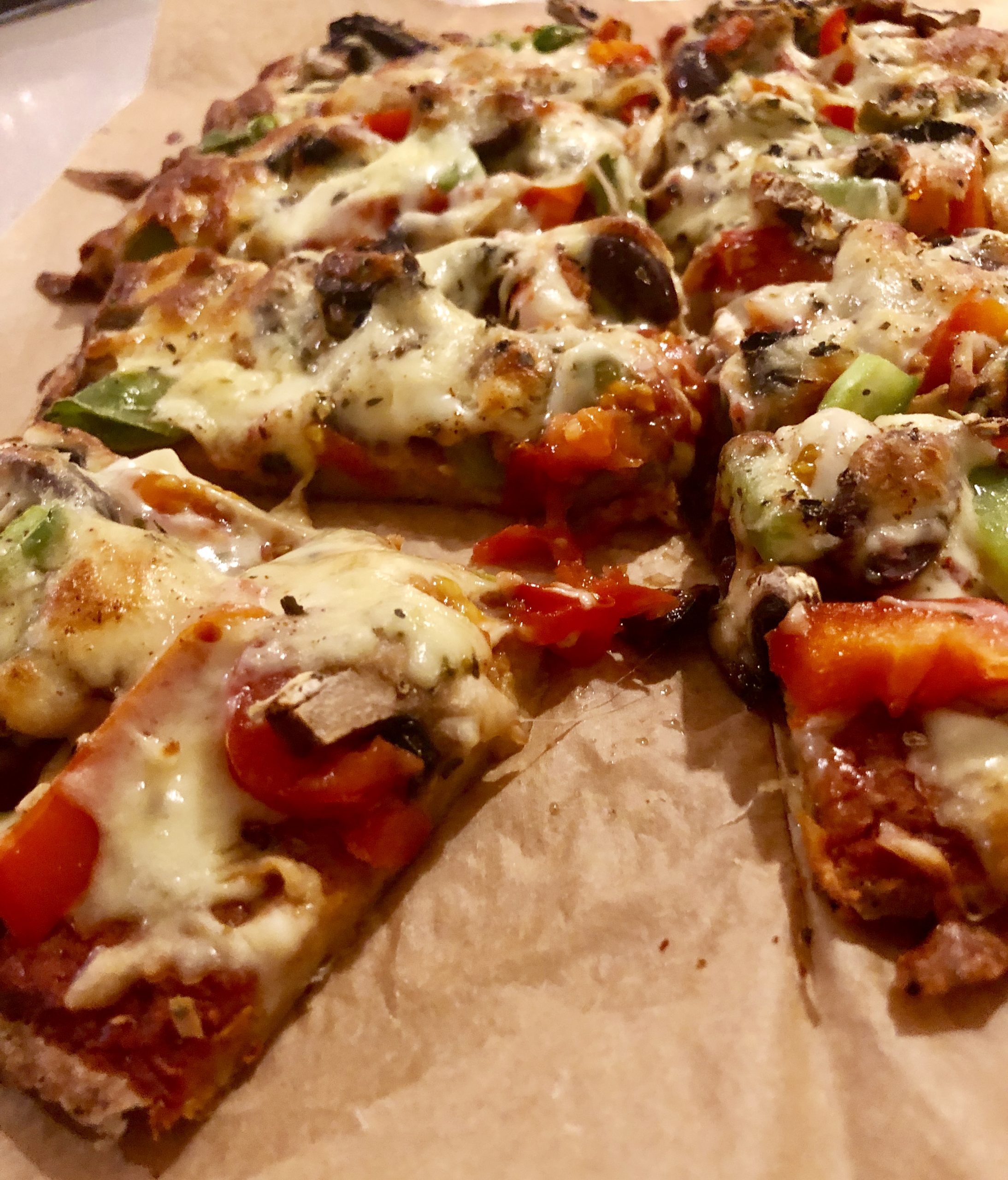CAULIFLOWER SPELT PIZZA